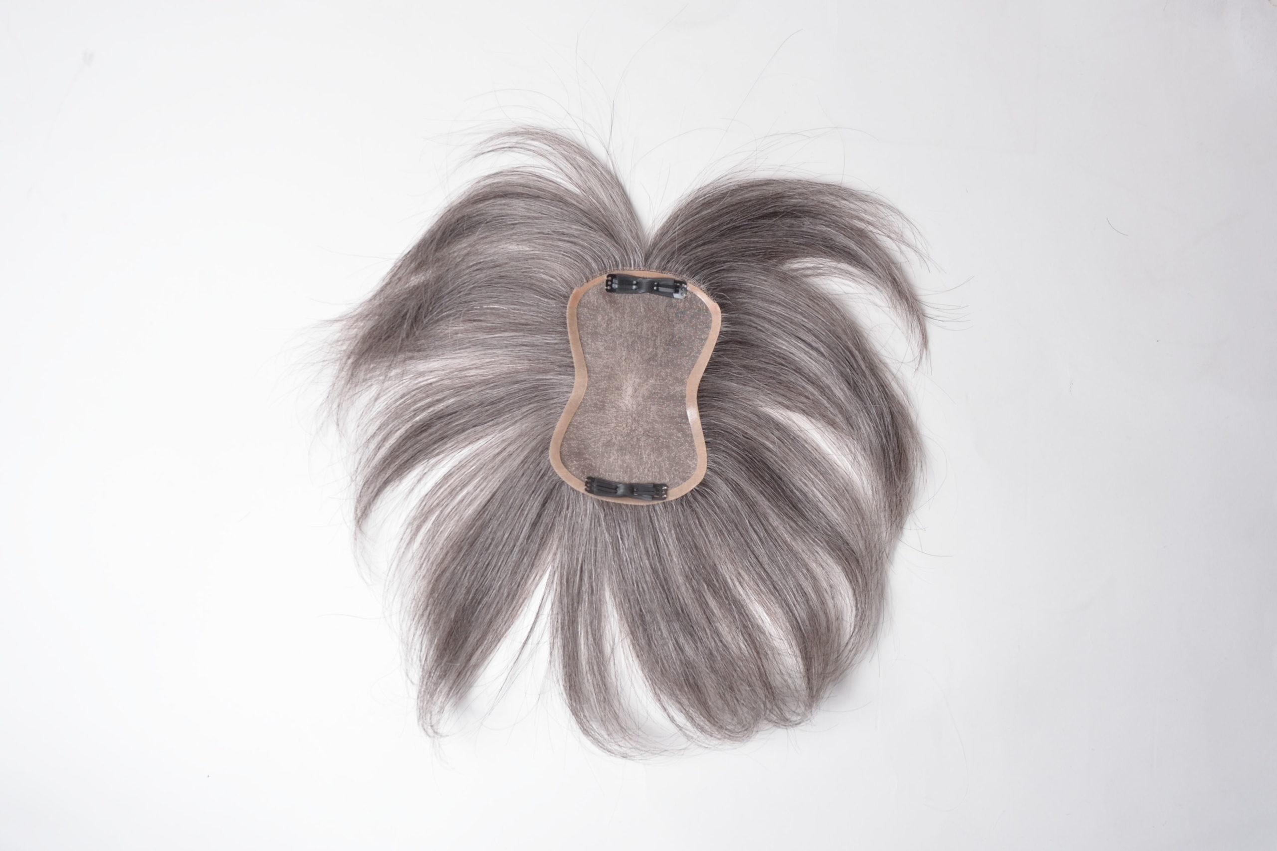 人毛白髪で作ったヘアピース